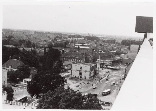 036305 - Panorama van Tilburg, gezien vanaf het nieuwe gemeentehuis