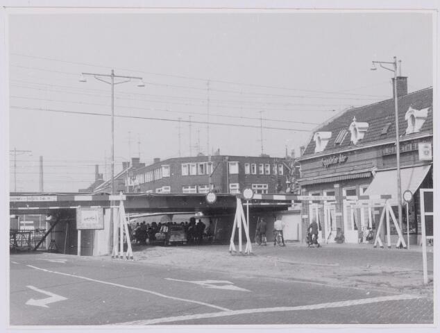037262 - Spoorwegen: Hoogspoor (viaduct Heuvel)