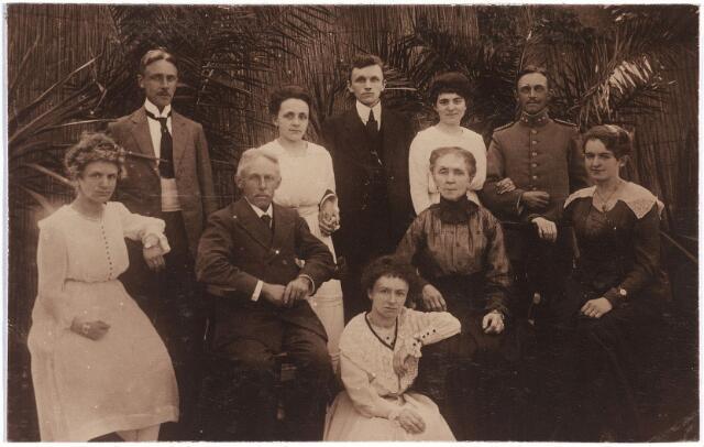 006708 - Familieportret Brouwers-van Waesberghe