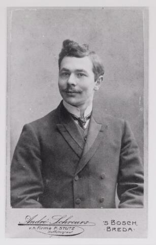 048777 - Arthur Jean Leo Virgille Raoul Le Mire geboren Udenhout 15 maart 1885, overleden Breda 23 oktober 1973