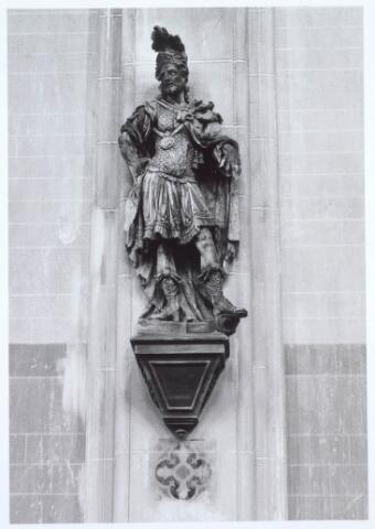 019643 - Lindehouten beeld van de heilige Quirinus, vervaardigd omstreeks 1700-1750.