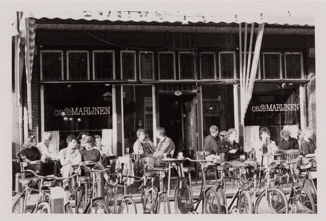 040523 - Café Marijnen, Heuvel 13.