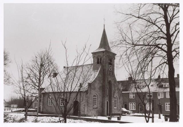 020303 - De Hasseltse kapel in een winterse omgeving