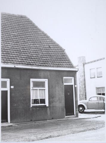 025749 - Pand Moleneind 159 begin oktober 1965. Thans is dit de Leharstraat