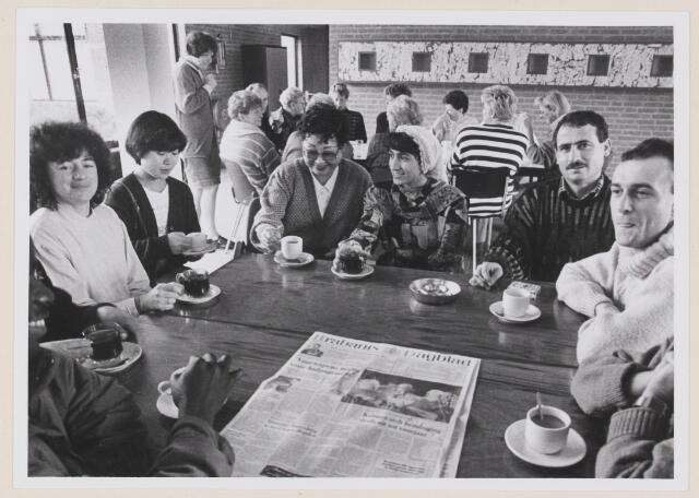 078733 - Koffiedrinken bij Educatief Centrum Kaatsheuvel.