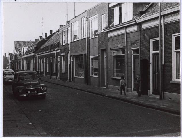 023727 - Rijtjeshuizen in de Klaverstraat