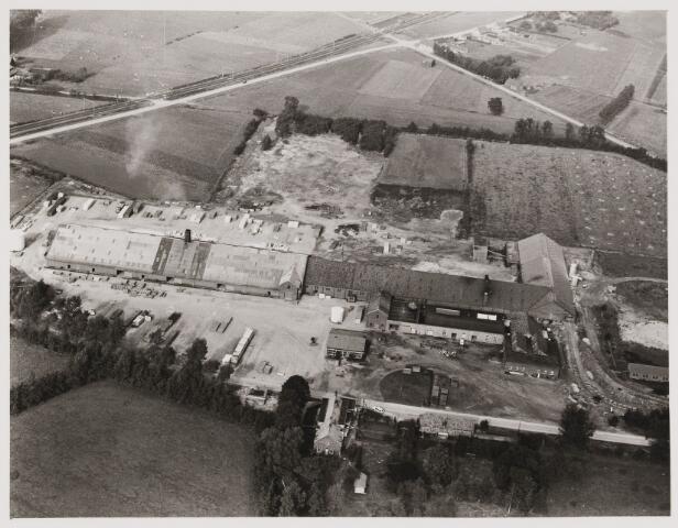 080403 - Luchtfoto's van Udenhout.