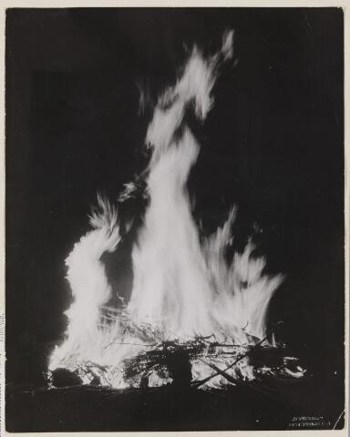 077529 - Tweede wereldoorlog 1940-1945. Bevrijdingsvuur bij het Klompven.