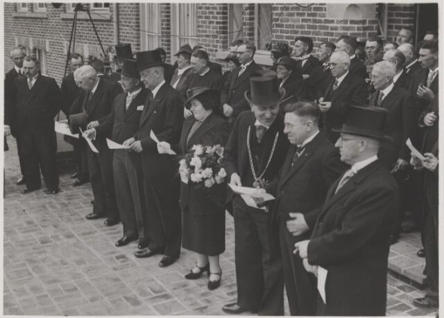 081160 - Officiele opening van het nieuwe gemeentehuis te Gilze
