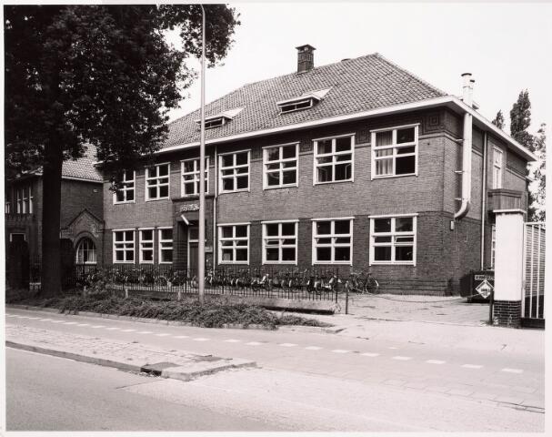 033373 - Voormalige gebouw van de R.K. Leergangen aan deTivolistraat 3.