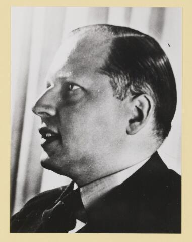 077308 - Arnold Meijer, leider Zwart Front, van 1934-1941. De partij werd in december 1941 verboden.