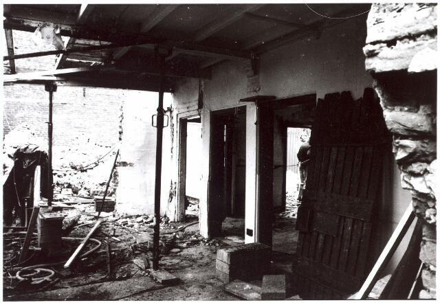 015650 - Renovatie van een achttiende eeuws wevershuisje aan de Bokhamerstraat