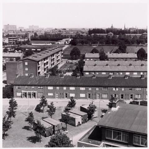 036583 - Panorama van Tilburg vanaf de flat aan de Postelsehoeflaan