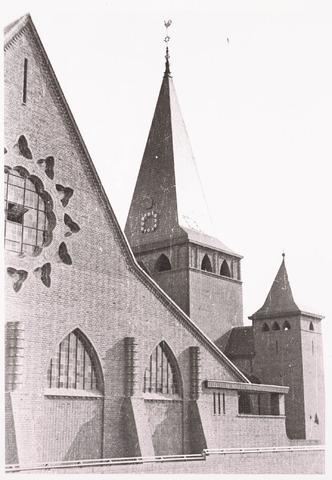 033239 - R.K. Kerk van de Kleine H. Theresia aan het Theresiaplein