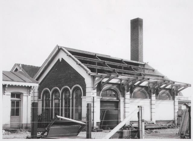 031864 - Spoorwegen: afbraak oud station aan de Spoorlaan