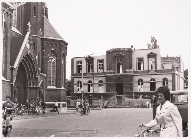 035867 - Sloop oude gemeentehuis aan het Stadhuisplein