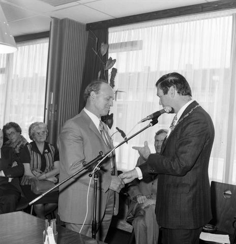 1237_012_987-1_004 - Viering van een jubileum van textiel firma Van Besouw bij restaurant Boschlust in Goirle in mei 1975.