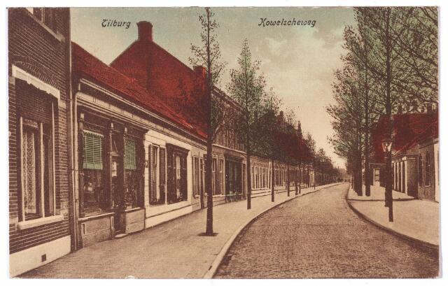 001531 - De Korvelseweg in zuid-westelijke richting ter hoogte van de Van Sonstraat (rechts achter de lantaarnpaal).