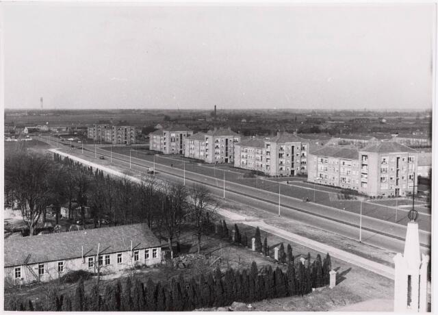 "036692 - Panorama van Tilburg vanaf de torenflat ""Vredeburcht """