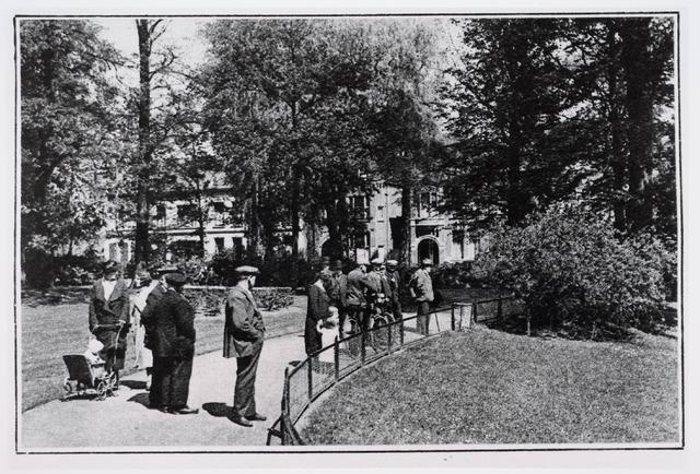 035125 - Zomer in 1933 in het Wilhelminapark