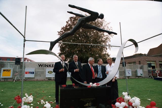 1237_003_297_019 - School. De Rooi Pannen. Opening nieuwe locatie 2002
