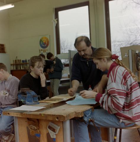 1237_012_974_003 - Onderwijs. De Lage Technische School (LTS) in Gilze in 1993.