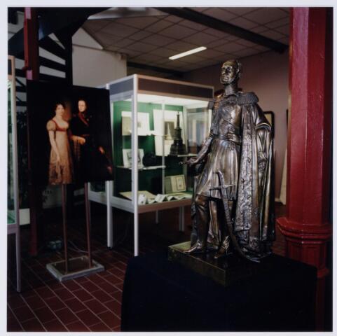 049243 - Tentoonstelling van Willem II t.g.v. zijn 150e sterfdag in 1999. Regionaal archief Tilburg, Kazernehof 75