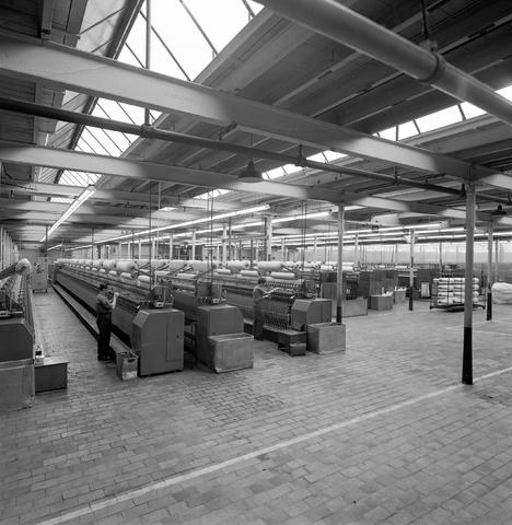 D-001899-1 - Kamgarenspinnerij Swagemakers-Bogaerts, Jac. van Vollenhovenstraat