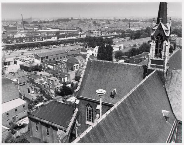 036395 - Panorama van Tilburg vanaf de toren van de Heuvelse kerk;