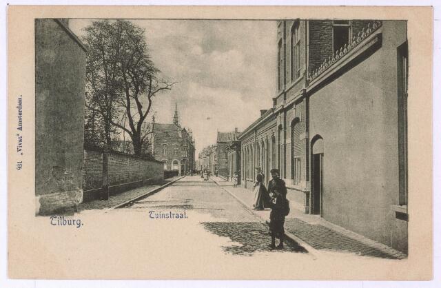002683 - Tuinstraat ter hoogte van de Willem II-straat. Tot 1910 hoorde dit gedeelte van de Tuinstraat tot aan de Nieuwlandstraat tot wijk M. Het gedeelte tussen de Heuvel en de Willem II-straat hoorde bij wijk N. Links de pleziertuin van de familie Bogaers.