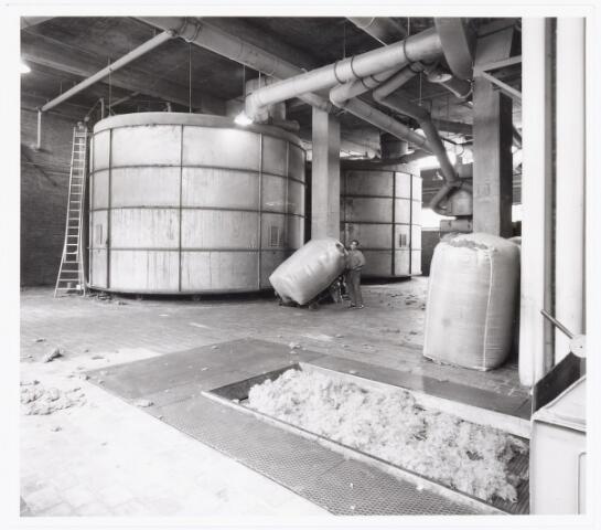 038073 - Textielindustrie. Interieur van de N.V. Spinnerij Swagemakers - Bogaerts, afdeling kamgarenspinnerij