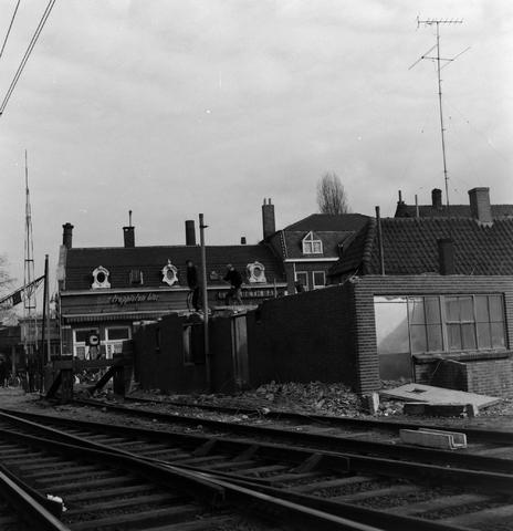 1232_16_264 - Tilburgse koerier. Sloop station Tilburg