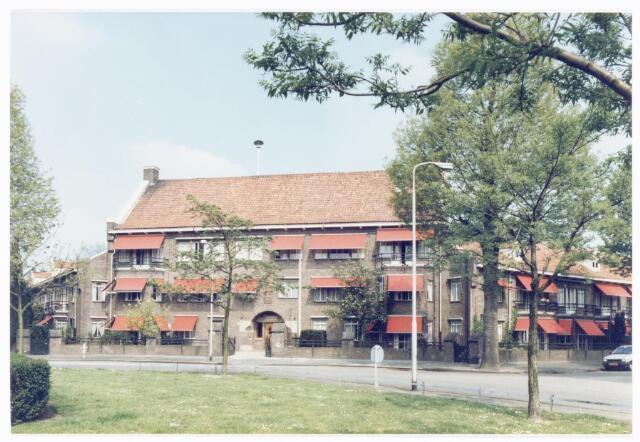 039982 - Mariëngaarde. Stichting Mariëngaarde aan de Burgemeester Damsstraat 15.