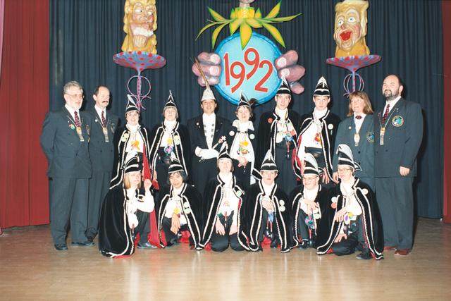 1237_012_963_002 - Carnaval. De raad van elf van 't Hooge Veer in 1992. Zorglocatie voor mensen met een verstandelijke beperking.