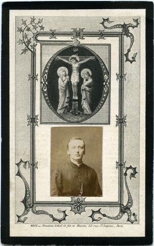 604801 - Bidprentje. Johannes Gerardus Hubertus van de Pas, geboren te Tilburg op 17 oktober 1865 als zoon van Antonie van de Pas en Hendrika Latoer.  In 1891 werd hij priester gewijd en werd vervolgens benoemd tot kapelaan in Haaren (1894) en Dussen (1896). Priester Johannes van de Pas overleed in zijn geboortestad Tilburg op 3 december 1899.