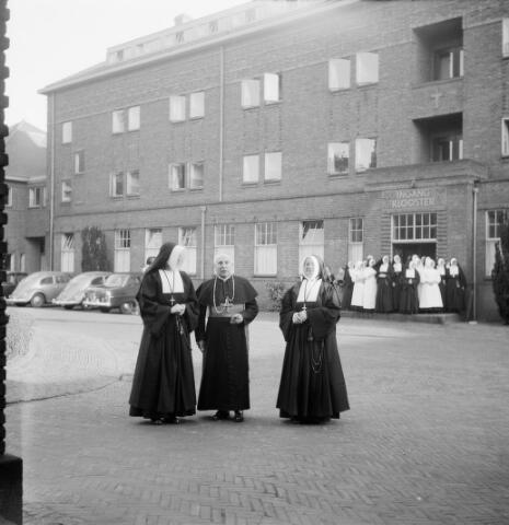 050530 - elisabethziekenhuis. 125-jarig bestaan van de stichting ´Het R.K. Gasthuis´en 25 jarig bestaan St. Elisabethziekenhuis.