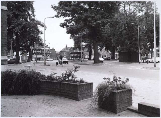 024630 - Korvelplein gezien vanuit de Oerlesestraat