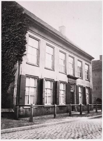 036007 - Woon- en sterfhuis koning Willem II, thans Stadhuisplein.