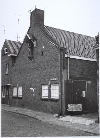 024465 - Onderkomen van de KWJ aan de Korte Tuinstraat 7 eind 1978