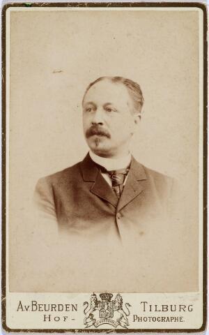 004475 - Henricus Albertus Hubertus van der HEIJDEN, arts te Tilburg, geb. te Heusden in 1849. Zie foto nr. 4474