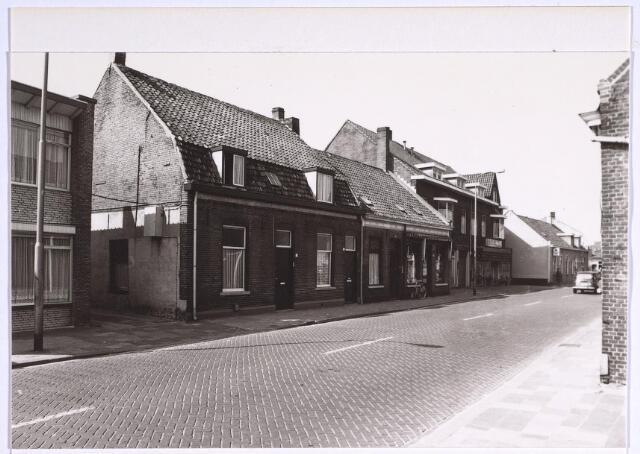 024977 - Panden aan de westzijde van de Laarstraat