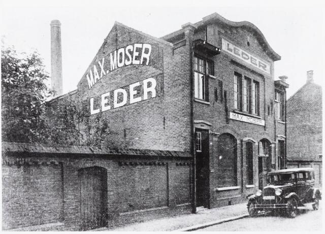033723 - Het Lederbedrijf van Max Moser aan de Utrechtsestraat 23; thans fa Boink-Meijer voorheen Vinc Stalpers.