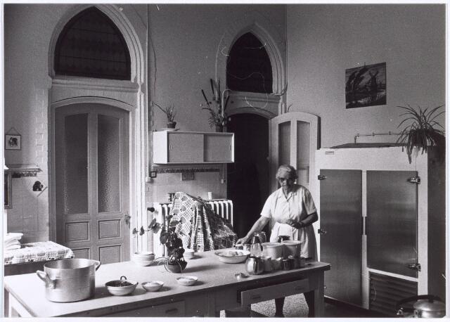 018032 - Keuken van het Ursulinenklooster aan de Elzenstraat