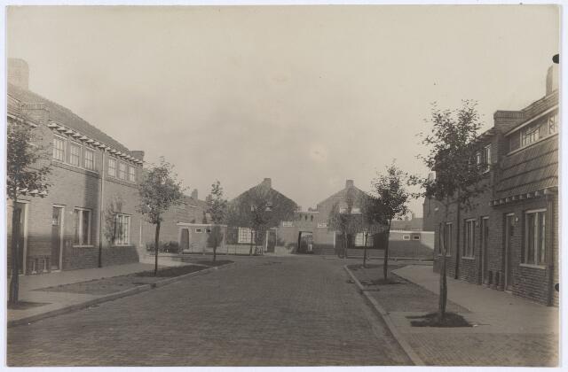 014469 - Van Balenstraat, gezien vanuit de Pieter Borstraat