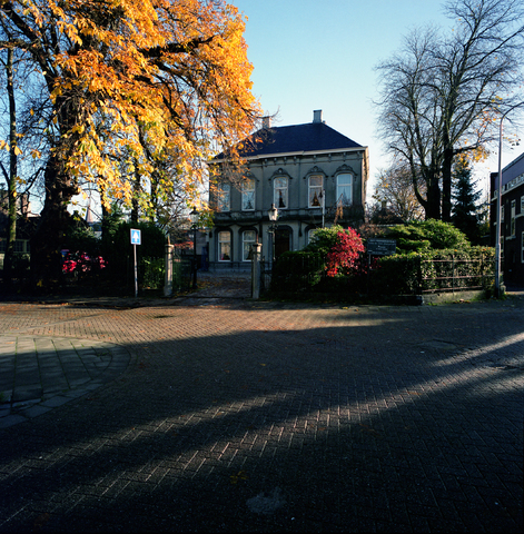 D-00598 - Tilburg - foto's stadsgezichten - Villa de vier jaargetijden (in opdracht van PLM)