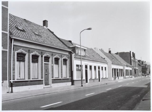 019515 - Panden Goirkestraat 109, 111, 113, 115, 117 en 119 (van rechts naar links)