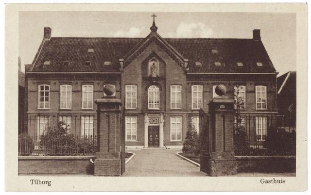 """000514 - Elisabethziekenhuis. Gezondheidszorg. Het voormalige St. Elisabethgasthuis aan de Gasthuisstraat. Het werd in 1837 geopend als het  """"huis op de Locht"""" en deed dienst als ziekenhuis tot de bouw van het ziekenhuis aan de Jan van Beverwijckstraat in 1929. Het is gesloopt in 1966."""