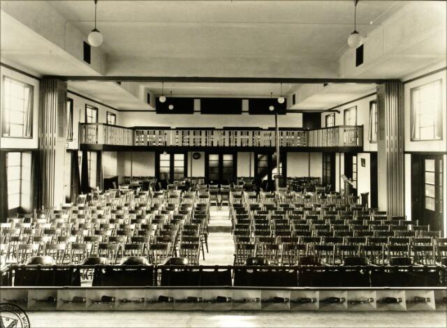 054503 interieur van het in de jaren 19291930 gebouwde parochiehuis aan de koestraat