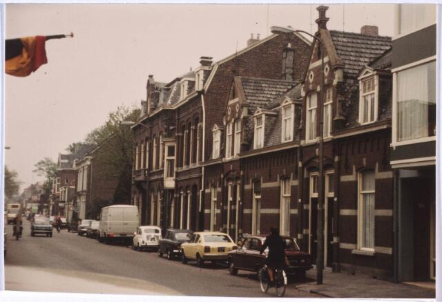 024757 - Korvelseweg in de richting van het centrum. Het pand Korvelseweg 160 is in 1896 gebouwd door de familie van Roessel van bierbrouwerij De Posthoorn