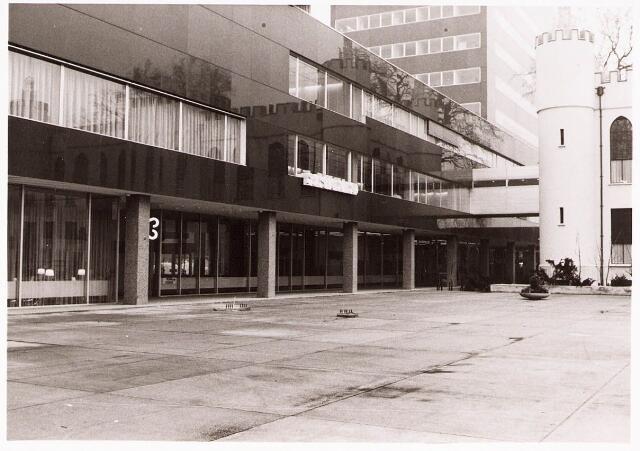 032227 - Gemeente sekretarie aan het Stadhuisplein
